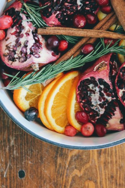 diy Christmas stove top potpourri, winter smells, cranberry stove top potpourri for winter