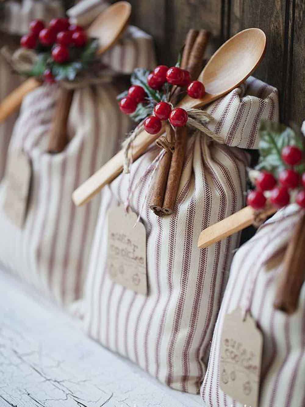 Homemade Christmas Gifts Ideas.17 Amazing Handmade Christmas Gift Ideas Your Friends And