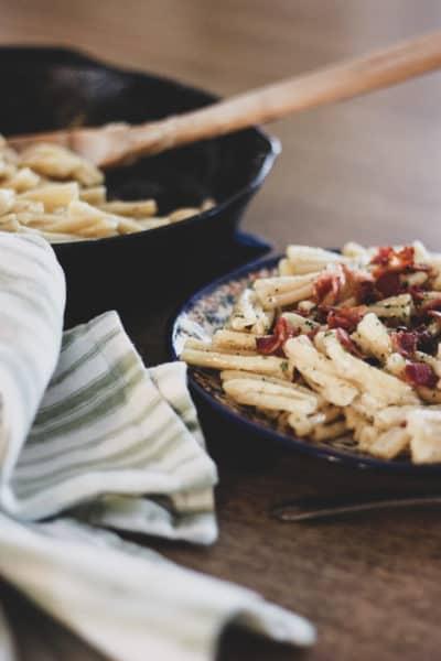 how to make Alfredo sauce, homemade pasta Alfredo, fettuccine Alfredo recipes, recipes from scratch, food from scratch