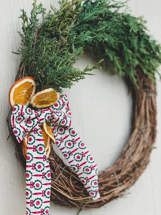 DIY Christmas Wreath With Ribbon and Dried Oranges
