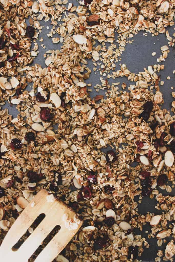 homemade granola recipe, how to make homemade granola, how to make granola at home, how to make granola for yogurt