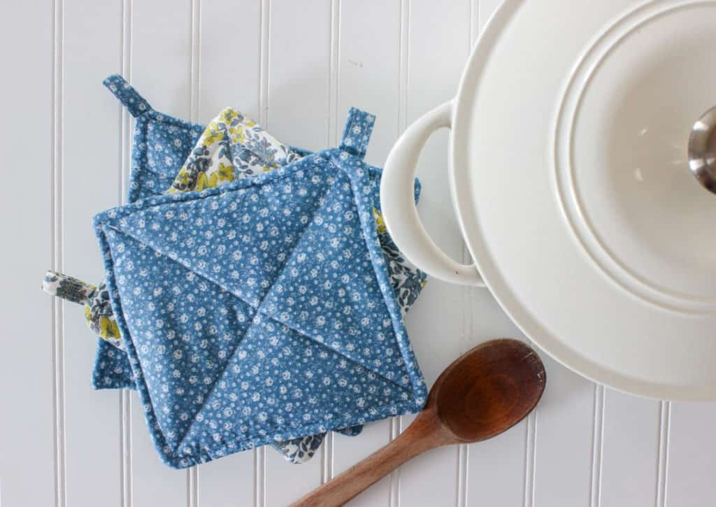 how to sew potholders easy sewing tutorial for beginners