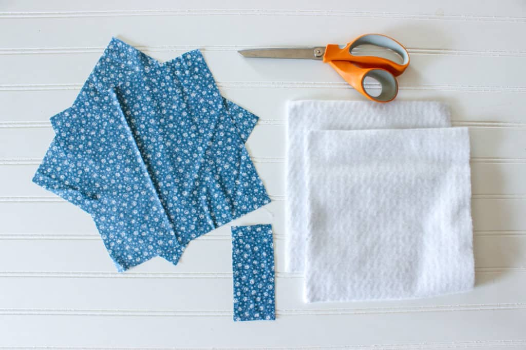 easy diy potholders tutorial with the sewing machine