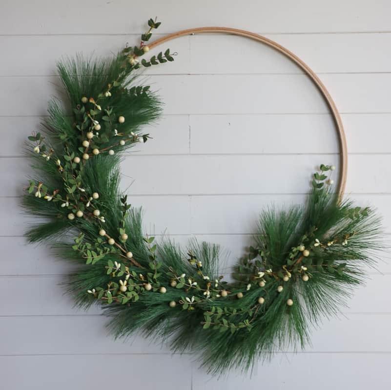 how to make a diy hoop christmas wreath